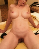 Kettering, Northamptonshire, 1TightWife