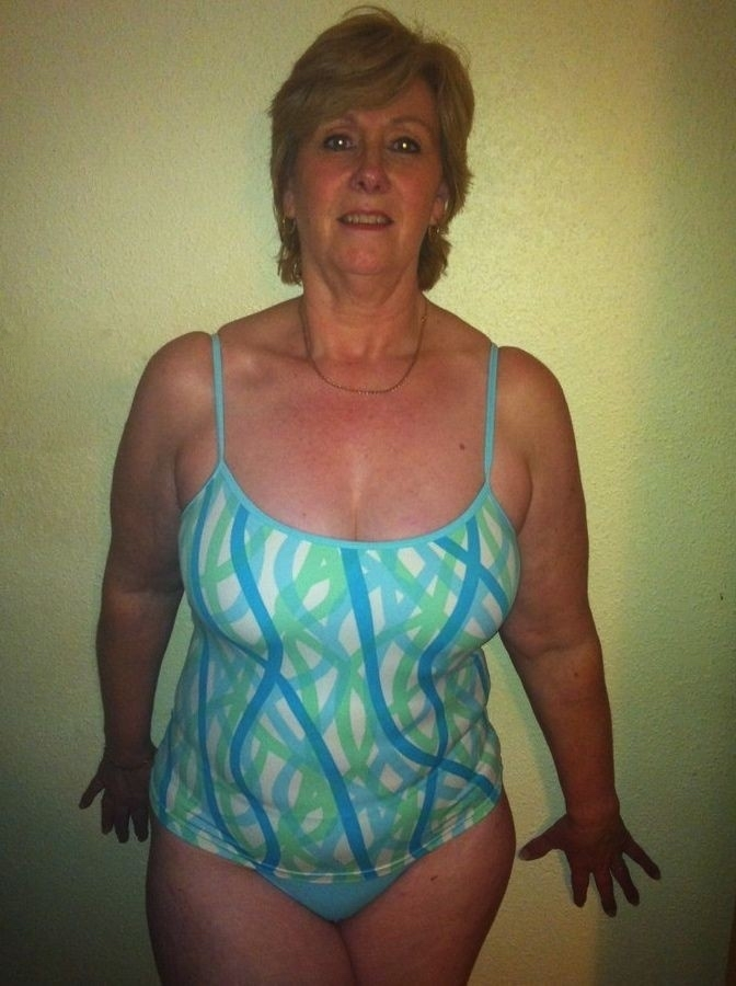 Mature bathing suit pictures — 13