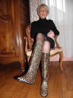 attractive_cougar