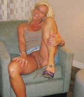 BlondeMilf4