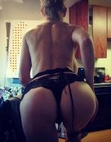titties4fuck